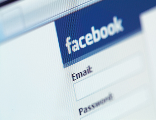 Facebookは日本ではあんまり利用されない?